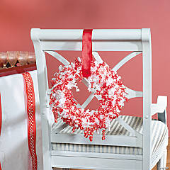 Curling Ribbon Wreath Decoration Idea
