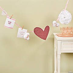 DIY Valentine's Card Holder Garland