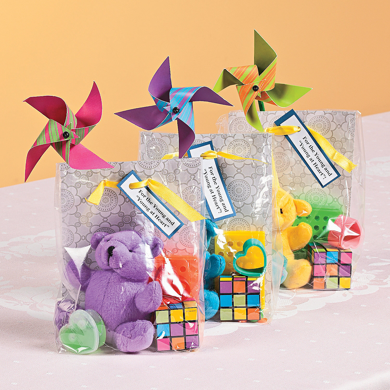 """Wedding Ideas For Kids: For The Young And The """"Young At Heart"""" Wedding Favors Idea"""