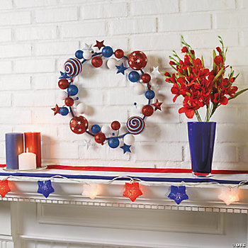 Patriotic Wreath & Mantel Décor