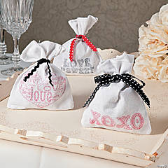 Hand-Stamped Wedding Favor Bags Idea