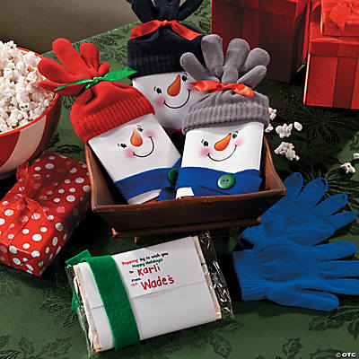 ... popcorn tins but this homemade snowman popcorn gift shows you