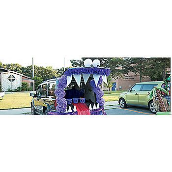 Trunk or Treat Monster Décor Idea & Trunk or Treat Decorating Ideas for Cars u0026 Trucks | Oriental Trading