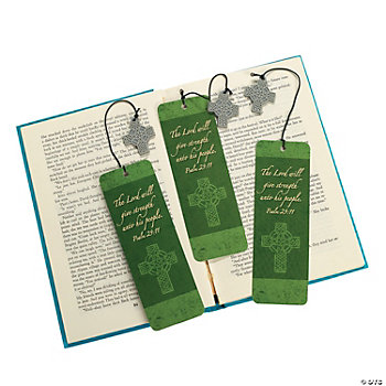 24 St. Patrick's Day Bookmarks With Charm