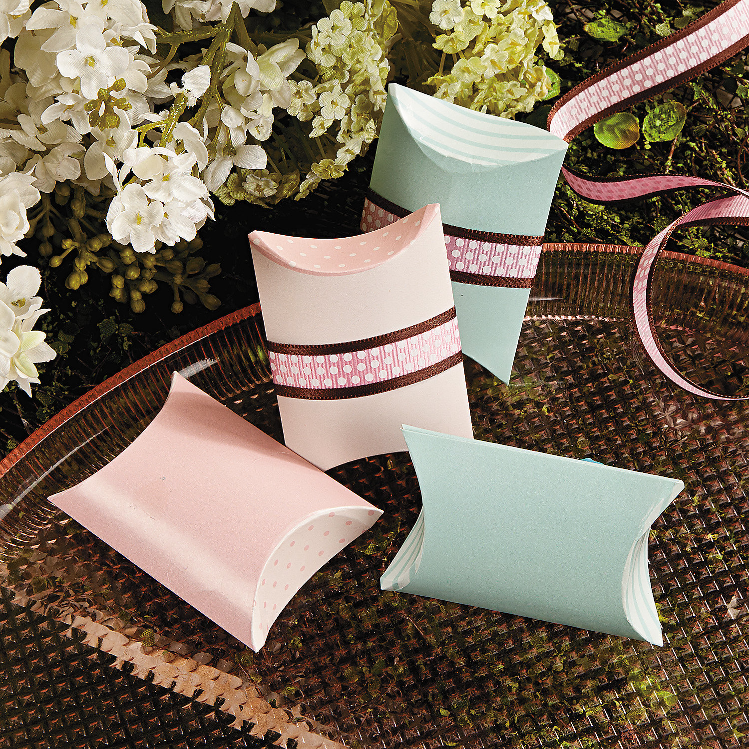 Shabby Chic Pillow Boxes : Shabby Chic Pillow Boxes - Oriental Trading - Discontinued