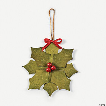 Leaf Holly Wreath Ornament