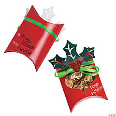 Holly & Berry Treat Pouch Craft Kit
