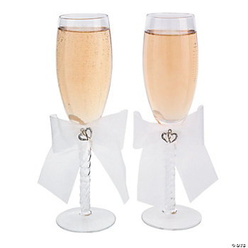 Two Hearts Wedding Flute Set
