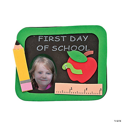"""First Day of School"" Picture Frame Magnet Craft Kit"