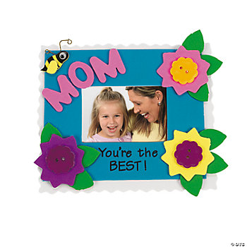 """Mom"" Photo Frame Magnet Craft Kit"