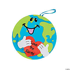 """Love The Earth"" Paper Plate Decorations Craft Kit"
