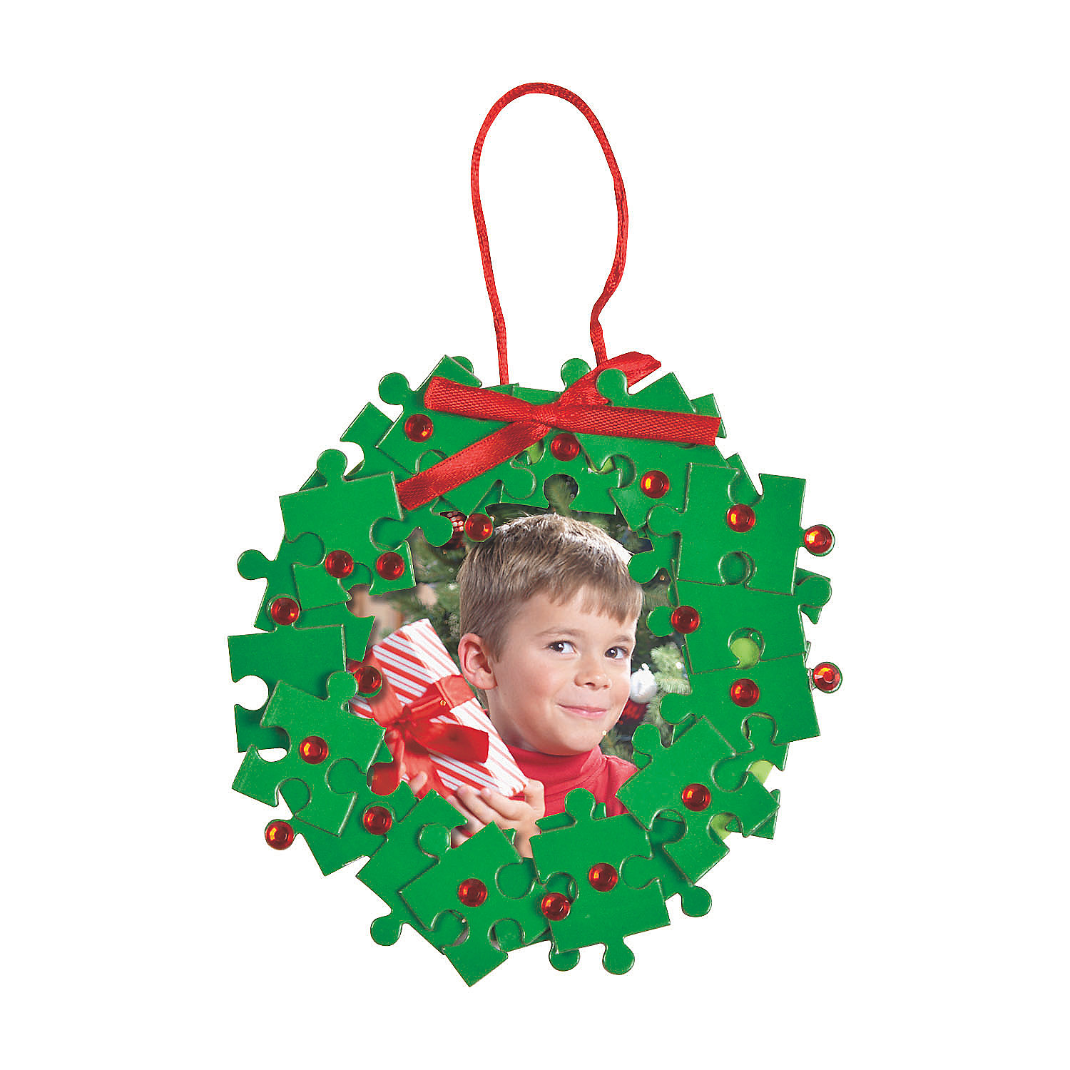 Puzzle piece christmas wreath picture frame ornament craft for Photo frame ornament craft