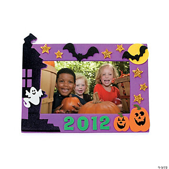 """2012"" Halloween Photo Frame Magnet Craft Kit"