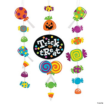 "Halloween ""Trick Or Treat"" Hanging Décor"
