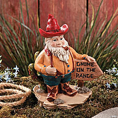 """Gnome on the Range"" Statue"