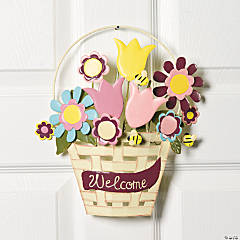 "Spring ""Welcome"" Wall Décor"