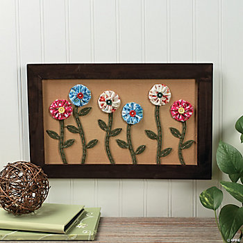 Flowers with Buttons Wall Décor
