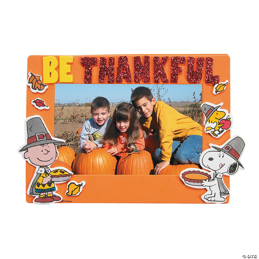 Peanuts® Thanksgiving Picture Frame Magnet Craft Kit