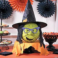 Classic Halloween Witch Pumpkin Decor Idea