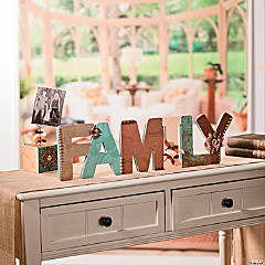 "Decorated ""Family"" Sign Idea"