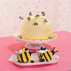 DIY Bumblebee Cupcake Holders Idea