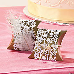 Feathers and Pearls Pillow Boxes Idea