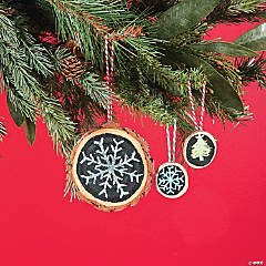 Log Chalkboard Christmas Ornament Idea