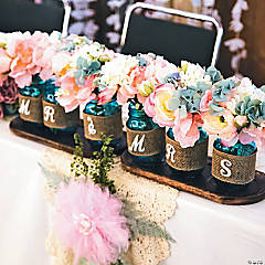 Mr. & Mrs. Wedding Mason Jars Idea