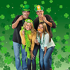 St. Patrick's Day Photo Booth Idea