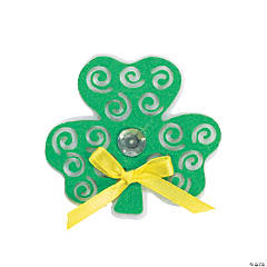 Swirl Shamrock Pin Craft Kit