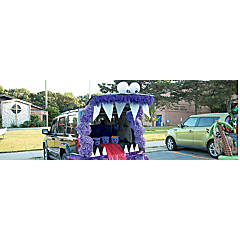 Trunk or Treat Monster Décor Idea