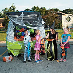 Trunk-or-Treat Spider Décor Idea