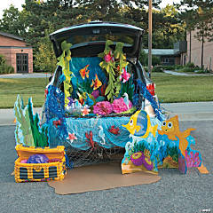 Trunk or Treat Under the Sea Décor Idea