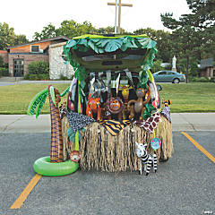Trunk or Treat Zoo Décor Idea