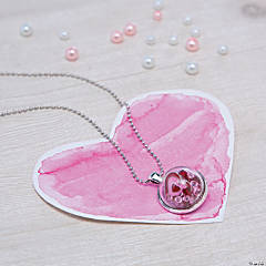 Valentine Terrarium Necklace Idea