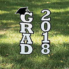 White 2018 Grad Yard Sign