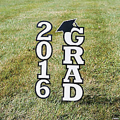 2016 White Grad Yard Sign