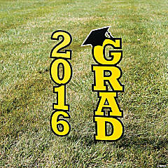 2016 Yellow Grad Yard Sign