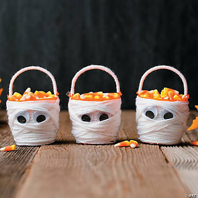 DIY Candy Corn Mummy Buckets Idea
