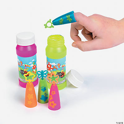 Finger Bubble Wands with Bubbles