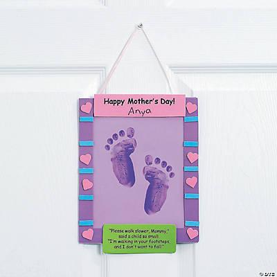 Footprint Mother's Day Keepsake Banner Craft Kit