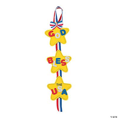 """God Bless the USA"" Door Hanger Craft Kit"