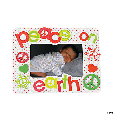 """Peace on Earth"" Picture Frame Magnet Craft Kit"