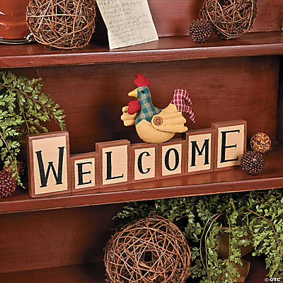 """Welcome"" Chicken Table Décor"