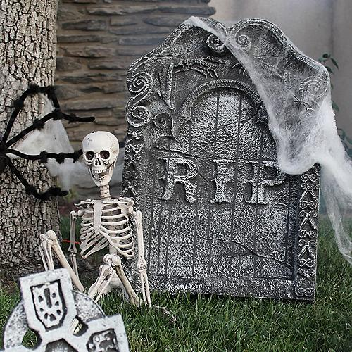 fun frightening halloween dcor for your haunted house - Halloween Decor