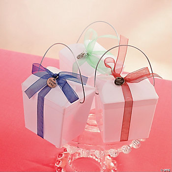 Decorated Takeout Box with Ribbon and Charm