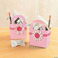 Basket Favor with Ribbon and Flower Idea