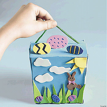 Outdoor Easter Scene Take-Out Box