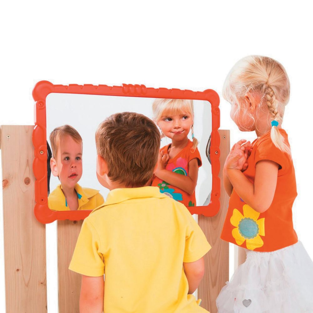 Backyard Accessories: Haha Mirror From MindWare