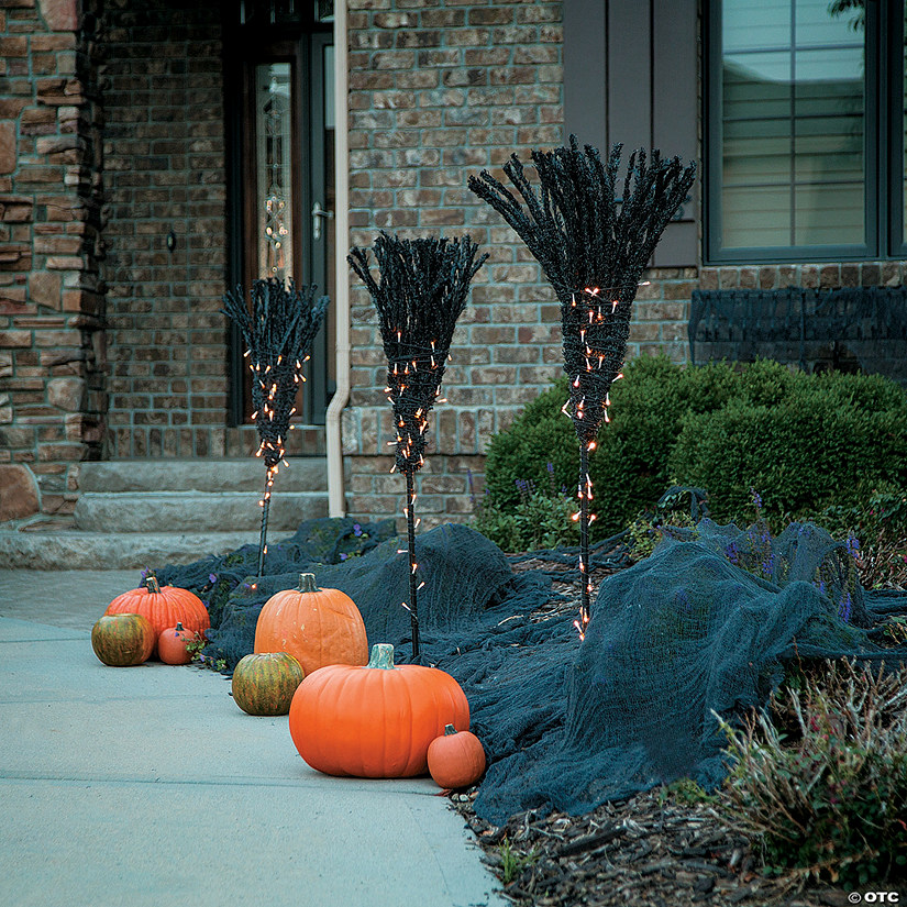Broomstick Path Light Markers Halloween Décor